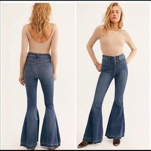 Free People Irreplaceable flare jeans size 26